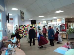 7) repas ponctué de danses normandes