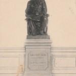 statue CSS d'abord dans le théâtre